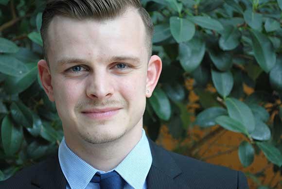 Portrait von Jonathan Bender