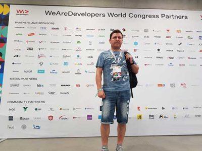 Miguel Syll bei der WeAreDevelopers-Konferenz